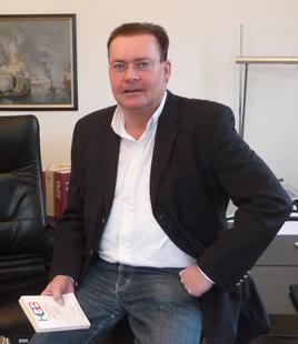 Schuldnerberater Matthias Klusmann, Staatlich anerkannter Schuldnerberater